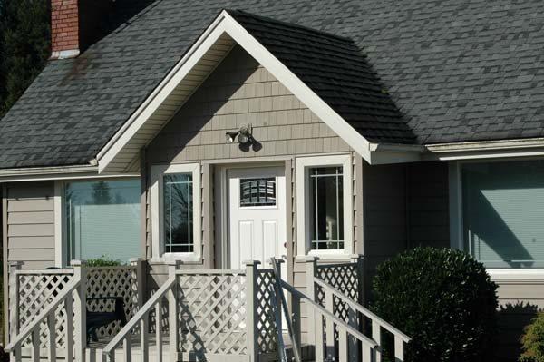 Cedar Ridge Siding | Hometown Exterior Designs - Portland, OR & Vancouver, WA